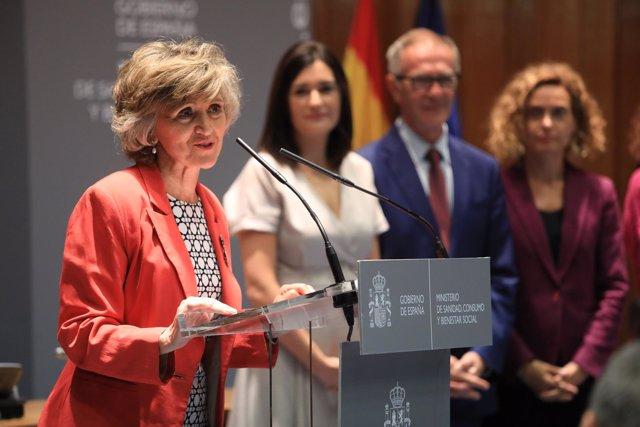 Toma de posesión del cargo de ministra de Sanidad de María Luisa Carcedo