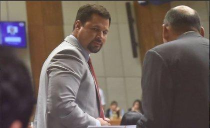 El diputado Quintana se entrega a la justicia tras ser imputado por narcotráfico en Asunción, Paraguay