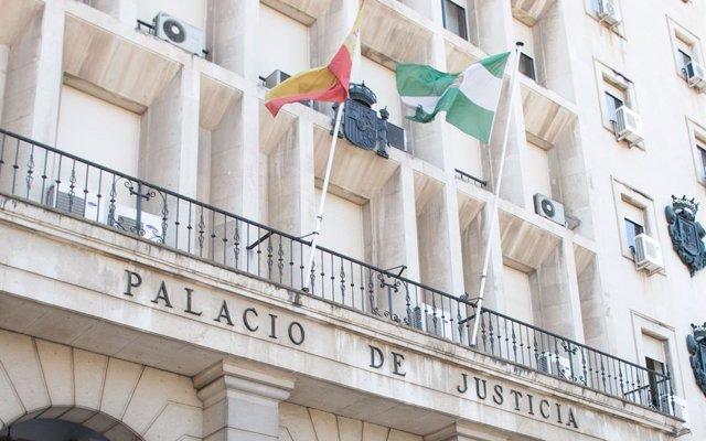 Defensa de uno de los acusados de matar a un varón y prender fuego al cadáver en Sevilla pide la nulidad de actuaciones