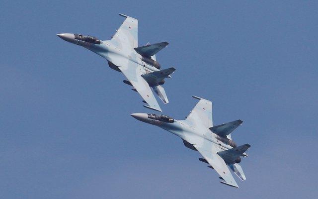 China responde a EEUU que 'no tiene derecho a interferir' en sus compras de armas a Rusia