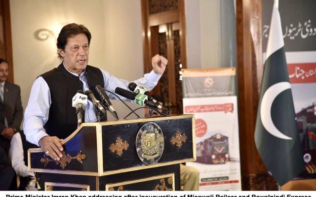Pakistán critica la 'arrogancia' de India al rechazar la reanudación de las conversaciones de paz