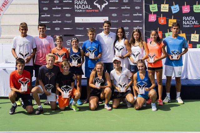 Rafa Nadal, anfitrión de excepción en el master del 'Rafa Nadal Tour by Mapfre'