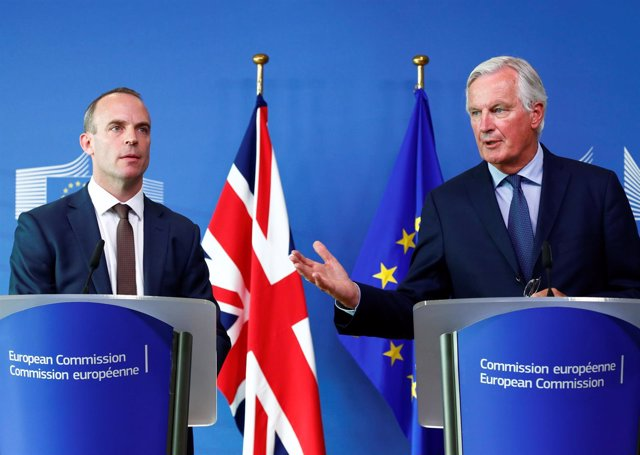 Dominic Raab y Michel Barnier