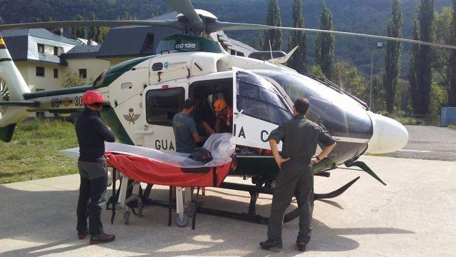 Rescate de un montañero en el Aneto.