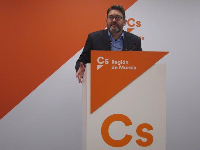 El portavoz regional de Ciudadanos, Miguel Sánchez
