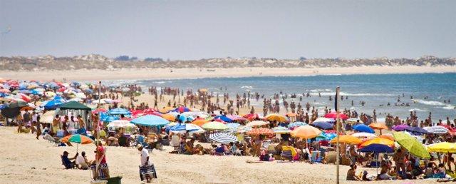 Una playa de Huelva en agosto.