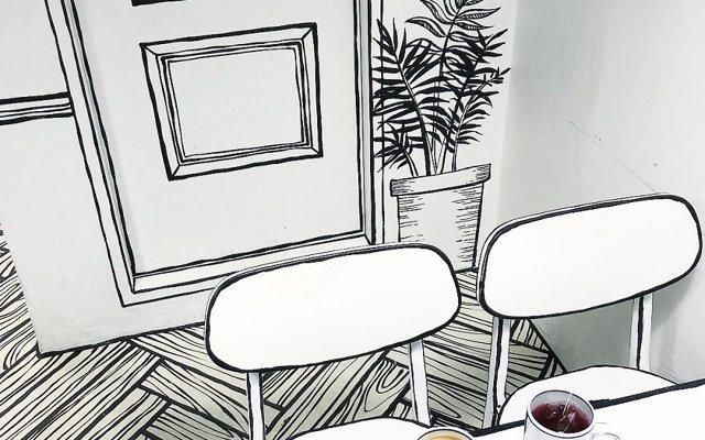 No es un boceto de una cafetería, es una cafetería con diseño de cómic en que te puedes tomar un café (y unas fotos)