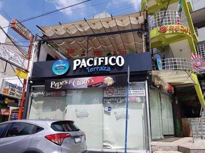 Los dueños de un restaurante de México propinan una brutal paliza a un vendedor que queda grabada