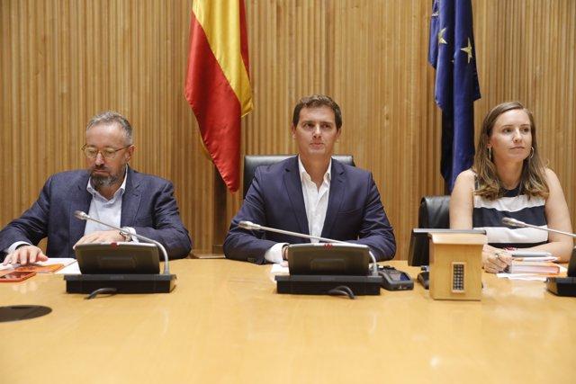 El president de Ciudadanos, Albert Rivera, presideix la reunió del seu grup parl