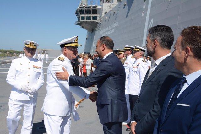 Gómez de Celis asiste a la toma de posesión del almirante de Flota