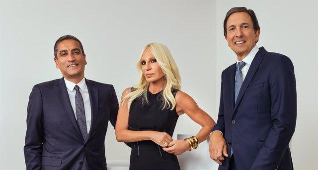 Michael Kors compra Versace por 1.830 millones 59918d7b31