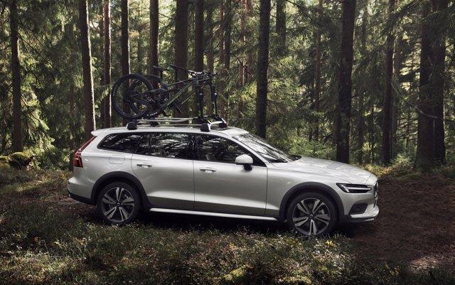 Volvo presenta la versión todoterreno Cross Crountry de su berlina familiar V60