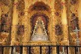 Foto: La Virgen del Rocío regresa a su camarín tras pasar cuatro meses en el paso desde la Romería de Pentecostés