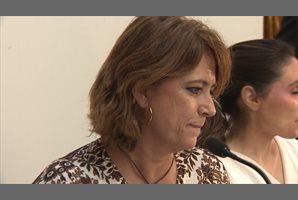 El Gobierno respalda a Delgado y la oposición pide su dimisión