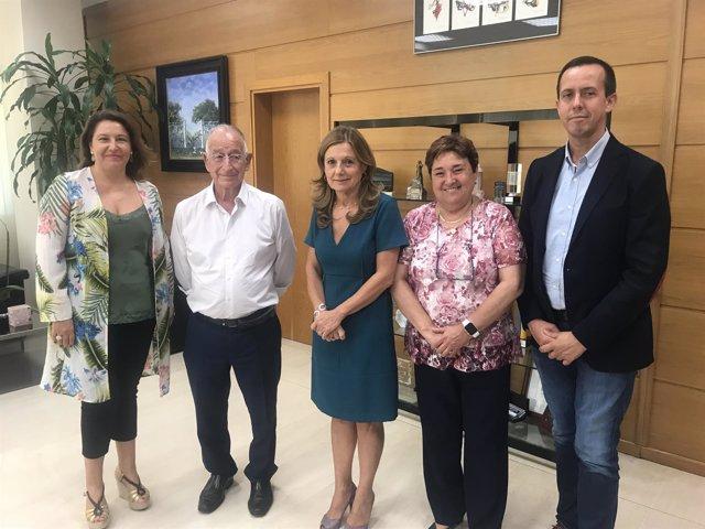 Marina Álvarez, tras su reunión con el alcalde de Roquetas, Gabriel Amat