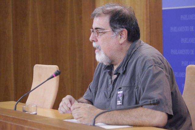 El presidente del grupo parlamentario Podemos Andalucía, Jesús Romero