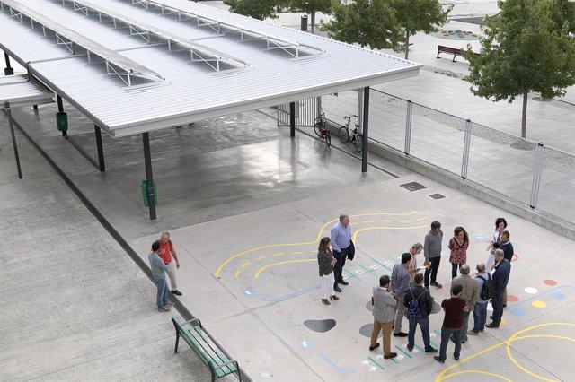 El Ayuntamiento de Pamplona visita el colegio público Doña Mayor.