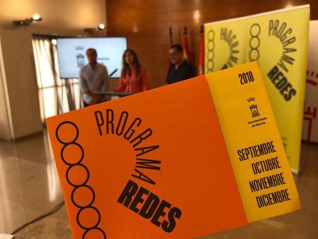 Rebeca Pérez presenta el Programa 'Redes para el tiempo libre'