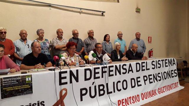 Rueda de prensa de colectivos de pensionistas de Navarra