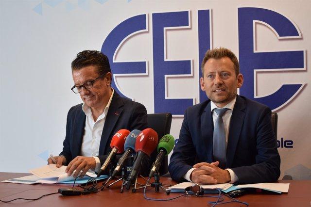 A la izquierda, Javier Blasco y, a la derecha, Enrique Suárez, 26-9-18