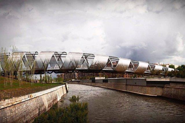 Puente De Perrault De Madrid Río