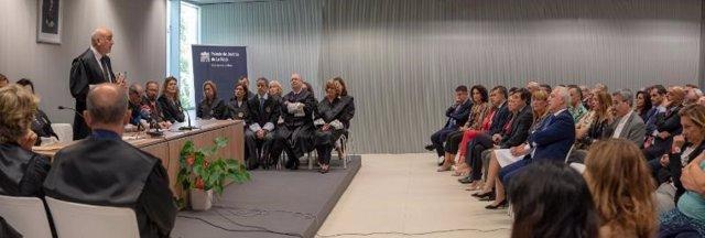 Al acto ha asistido el presidente del Gobierno, Jose Ignacio Ceniceros