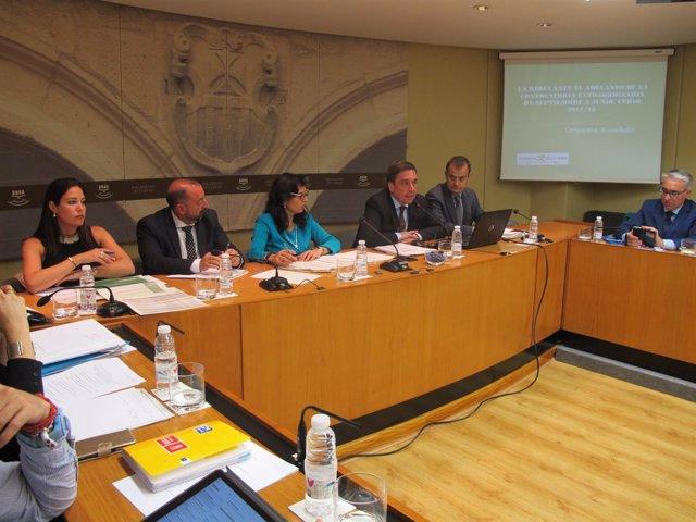 Galiana Comparece En El Parlamento De La Rioja