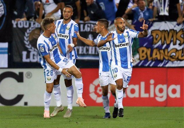 El Lega derrota al Barcelona - El Zhar celebra el primer gol