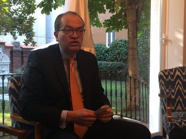 Fernando Carrillo, procurador general de Colombia