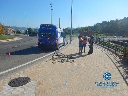 Herida una mujer de 67 años al ser atropellada por un ciclista en Pamplona