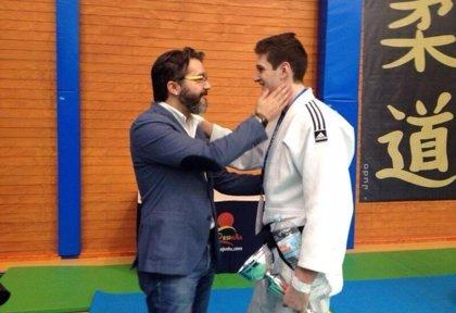 Brunete donará el peso en garbanzos de Nikoloz Sherazadishvili, campeón del mundo de judo, a los comedores de Cáritas