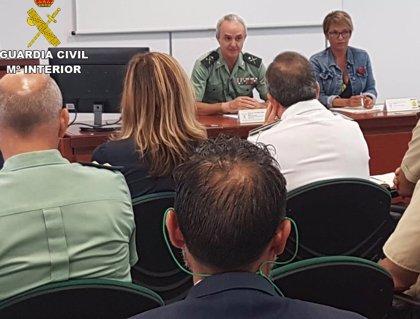 """Autoridades en Canarias se reúnen para preparar una respuesta """"eficaz"""" ante un posible repunte de llegadas de migrantes"""