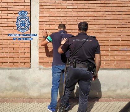 La Policía Nacional detiene a una pareja acusada de varios robos con violencia gracias a la colaboración ciudadana