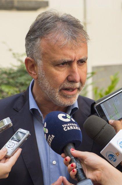Torres presenta 270 avales para ser el candidato del PSOE a la Presidencia del Gobierno canario