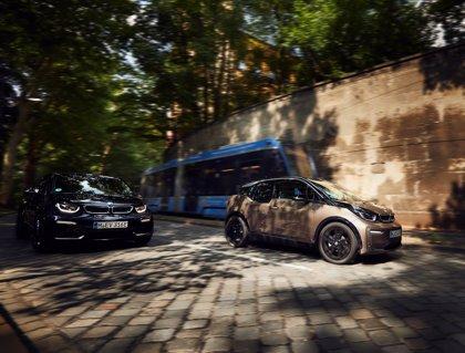 BMW renueva el i3 con baterías de alto voltaje que amplían su autonomía hasta los 310 kilómetros