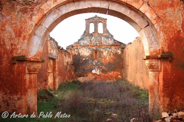 Estado anterior de la ermita de San Lorenzo.