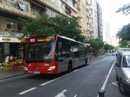 Alicante pone en marcha paradas intermedias en las líneas de bus nocturnas para prevenir agresiones y violencia machista