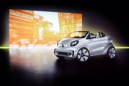 Smart celebra su 20 aniversario en el Salón de París con el prototipo Forease