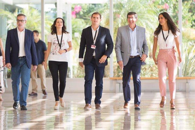 Villegas, Arrimadas, Rivera, Marín y Villacís abren una convención de Cs