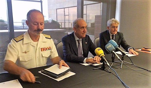 Director del DIGAM, Santiago Ramón González, en jornada del C. Economistas