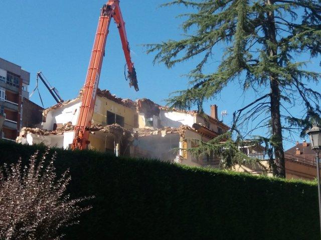 Derribo de Sanatorio Blanco en Oviedo, construcción