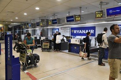 """La huelga de TCP de Ryanair se desarrolla """"sin incidencias reseñables"""", según Fomento"""