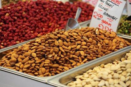 Guía definitiva de los frutos secos: cómo consumirlos, beneficios y perjuicios
