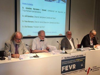 """Navarro (DGT) defiende que las víctimas estén en el """"centro"""" de las políticas de seguridad vial"""