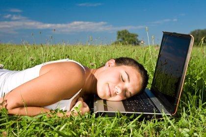 Boca abajo, la peor postura para dormir, según especialistas en sueño