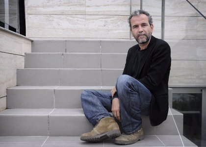 Willy Toledo recibe la ovación del público en la proyección de 'Black is Beltza', de Fermín Muguruza