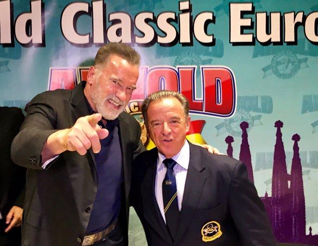 Arnold Schwarzenegger y el pte.Del IFBB R.Santonja