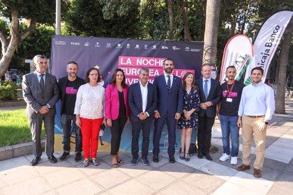 Más de 600 científicos divulgan en Almería capital sus estudios en la noche dedicada a la investigación