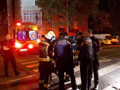 Atendidos 32 afectados por un incendio en un edificio de viviendas en Madrid