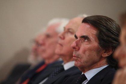 """Aznar avisa de que, tras el 1-O, """"orillar la ley en favor de un nebuloso diálogo"""" es el """"peor error"""" que puede cometerse"""